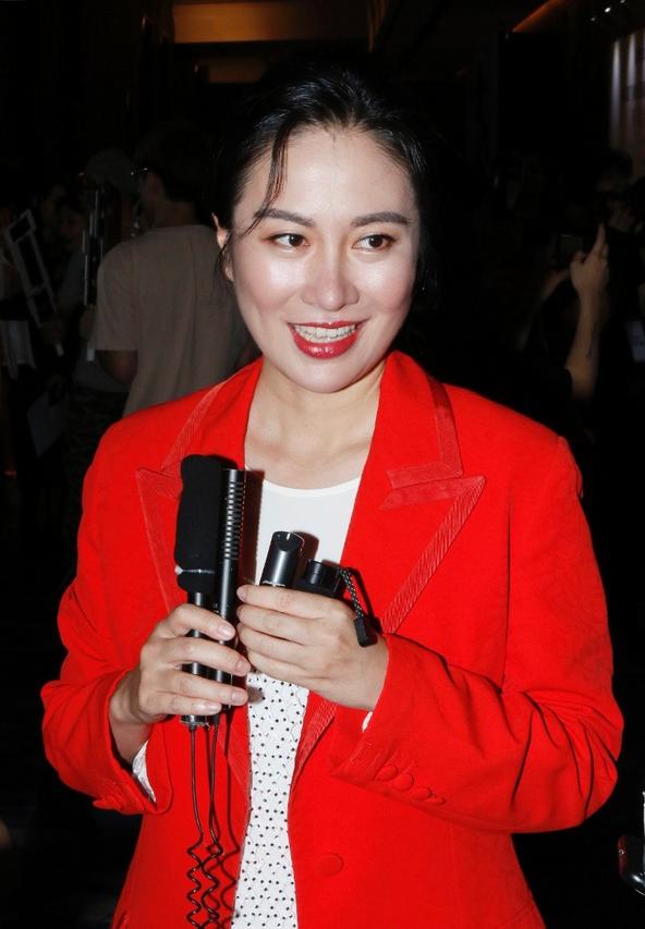 叶璇在港出席慈善晚宴