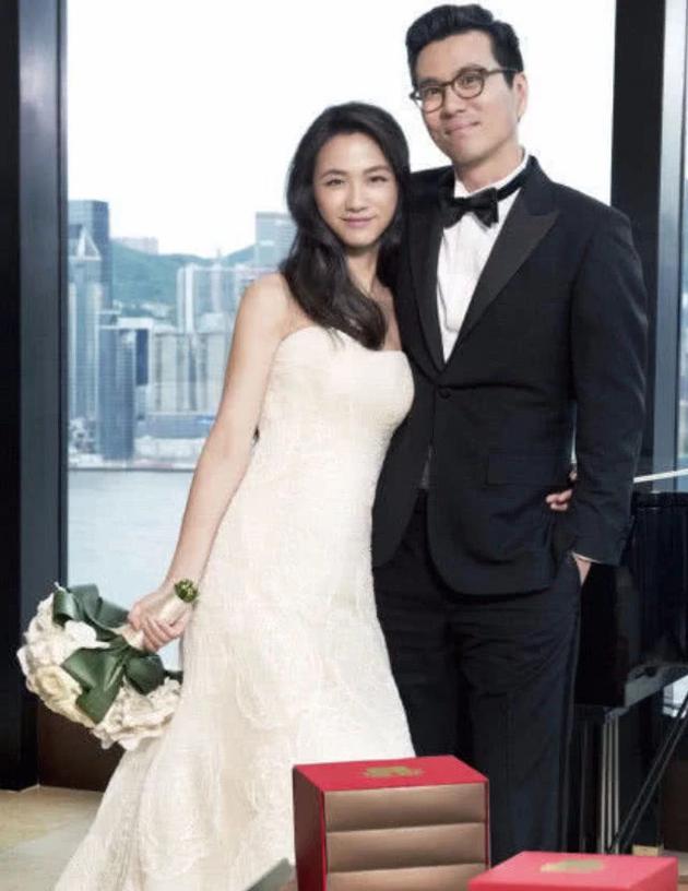 湯唯和金泰勇結婚照