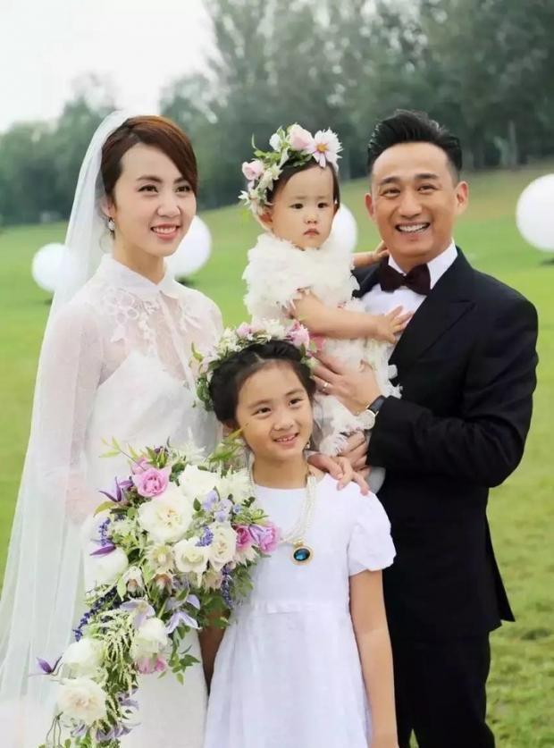 黄磊甜喊孙莉孙女人 自曝相爱三十周年将再办婚礼