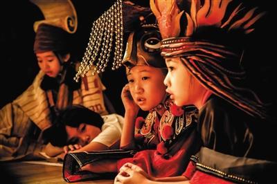 幼演员们的服装里有他们本身对角色的理解。剧组供图
