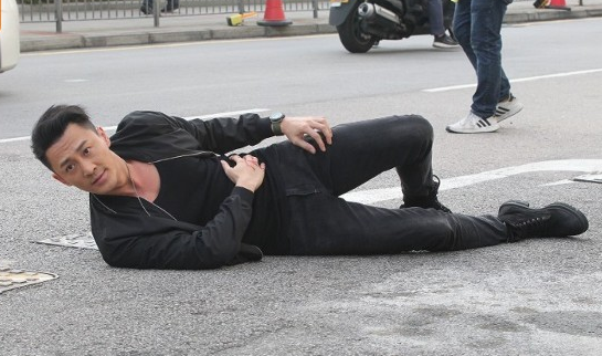 林峯返回《使徒行者3》片場繼續拍攝