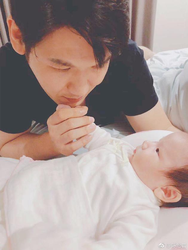 陈怡蓉老公与女儿