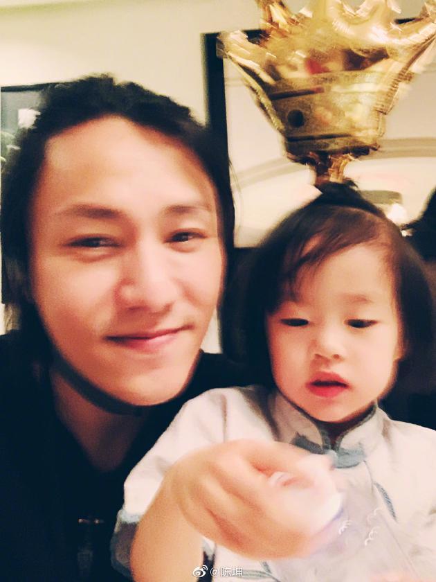 陳坤與侄女