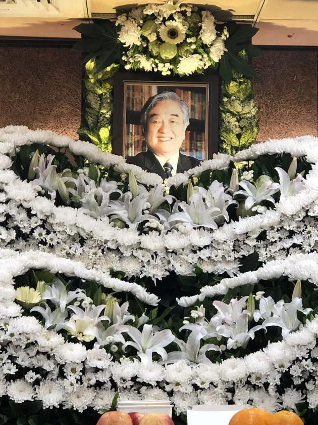 琼瑶发长文悼念丈夫