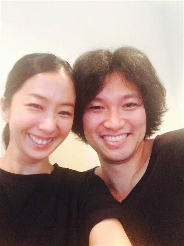 优香与青木崇高结婚将满4年,去年11月宣布怀孕。