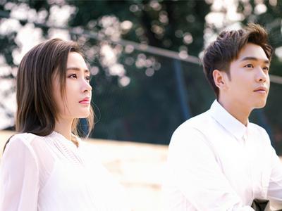 视频:《爱情进化论》曝主题曲mv 张天爱张若昀许魏洲陷爱情谜题