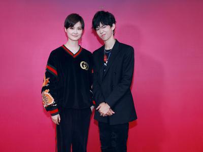 视频:新浪娱乐独家对话李宇春斯外戈