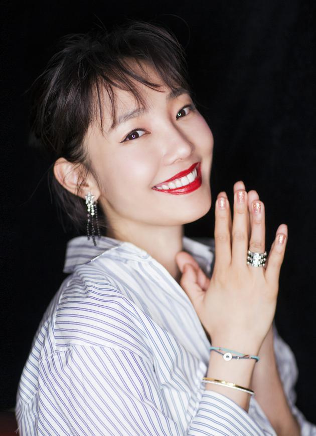 明星全接触 正文    新浪娱乐讯 6月25日,白百何[微博]工作室在微博