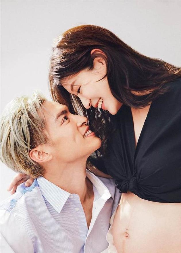 许孟哲妻子怀孕八个月 透露要亲自为老婆擦妊娠霜