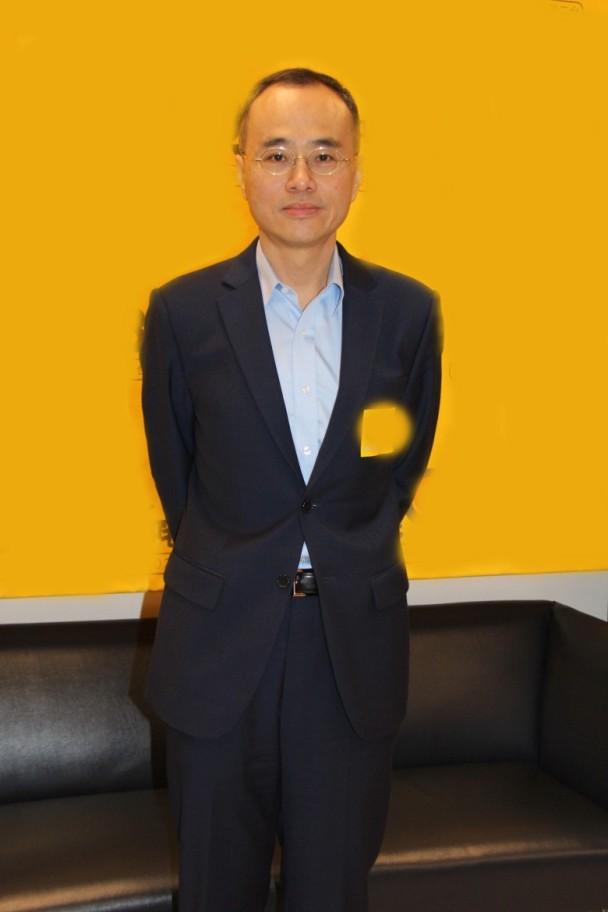 张经纬:在香港拍不工业的电影 但工业待我如家人