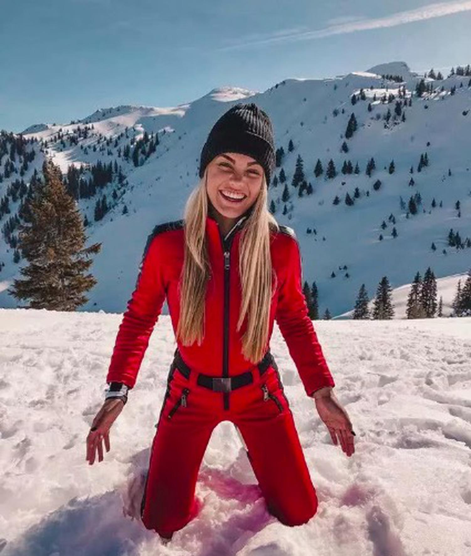 范德泽在病发前夜滑雪时留下的最后一张照片。