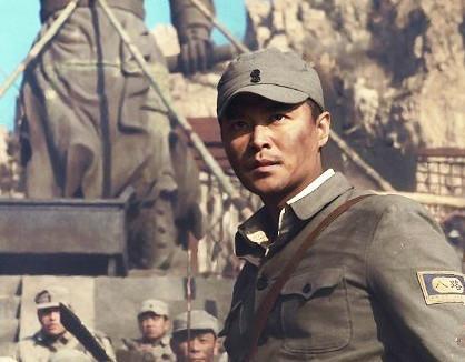 陈思诚饰演抗战传奇英雄龙大谷