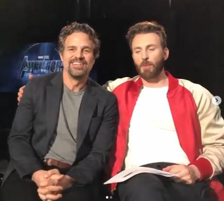 马克鲁法洛与克里斯埃文斯宣传《复联4》