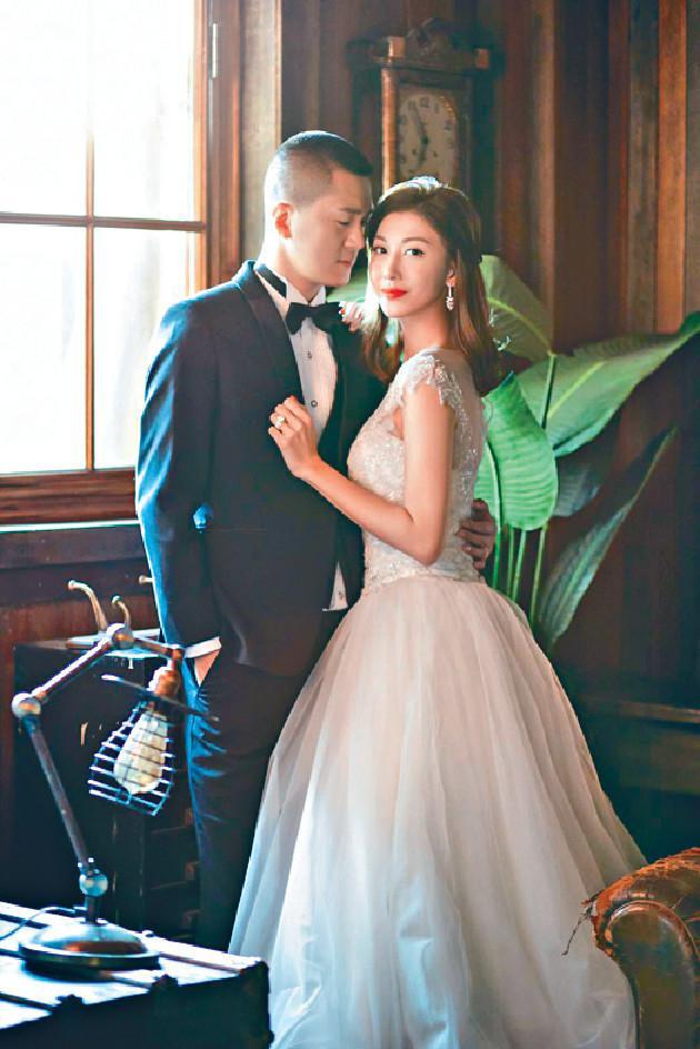 李彩桦与老公
