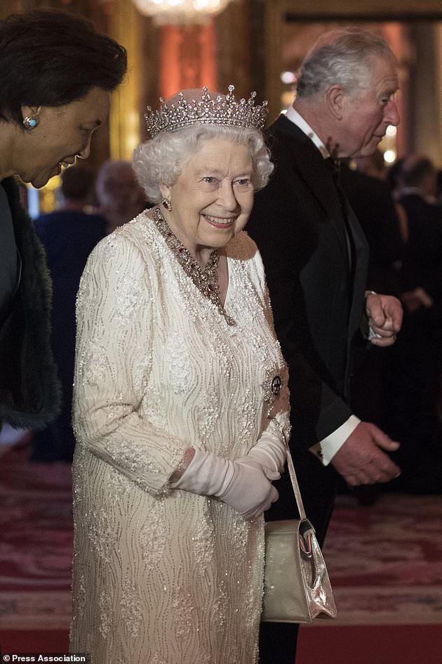 英国女王伊丽莎白二世出席英联邦政府首脑会议
