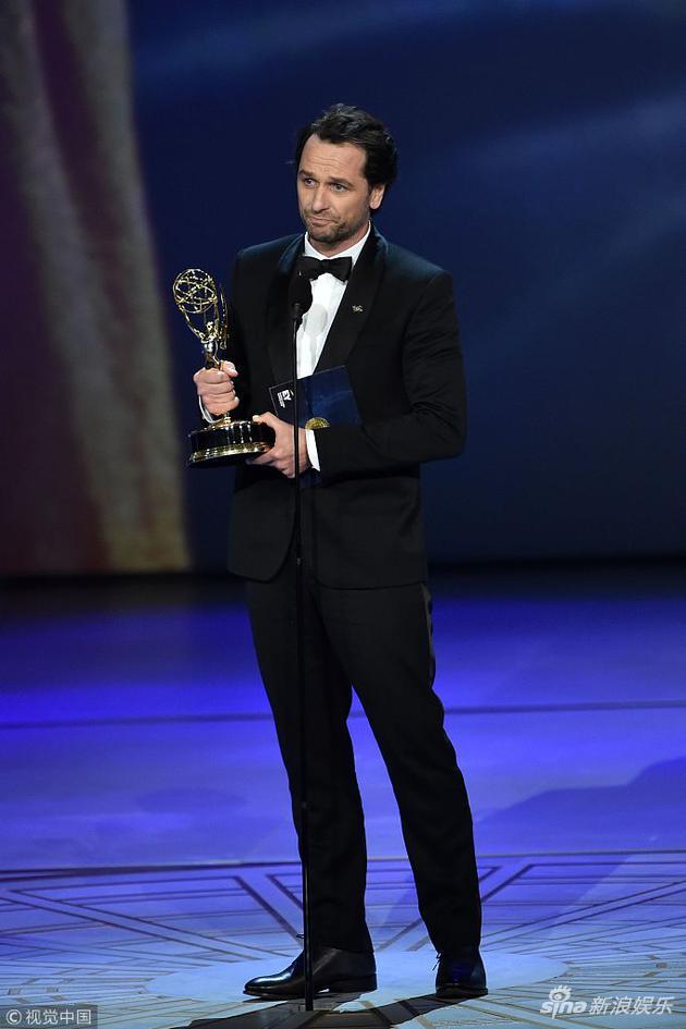 马修·瑞斯凭借《美国谍梦》成为新科艾美奖剧情类视帝
