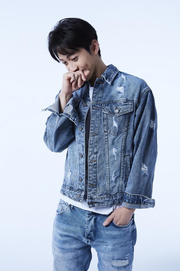 陈汉典推出新歌《爱情有你》