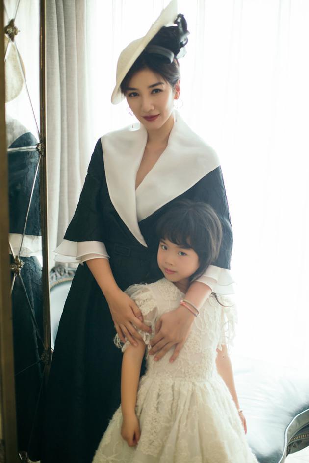 黄奕和女儿