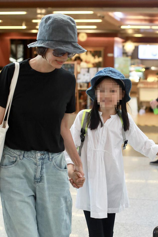 袁泉与女儿