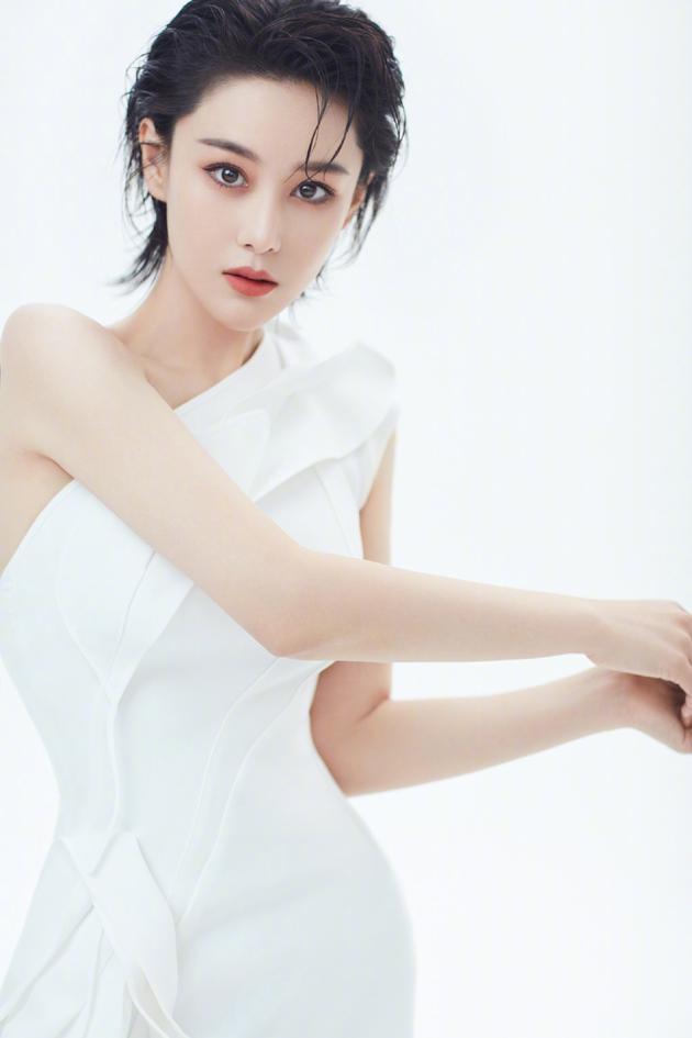 张馨予再回应女明星身材争议:会为角色控制胖瘦
