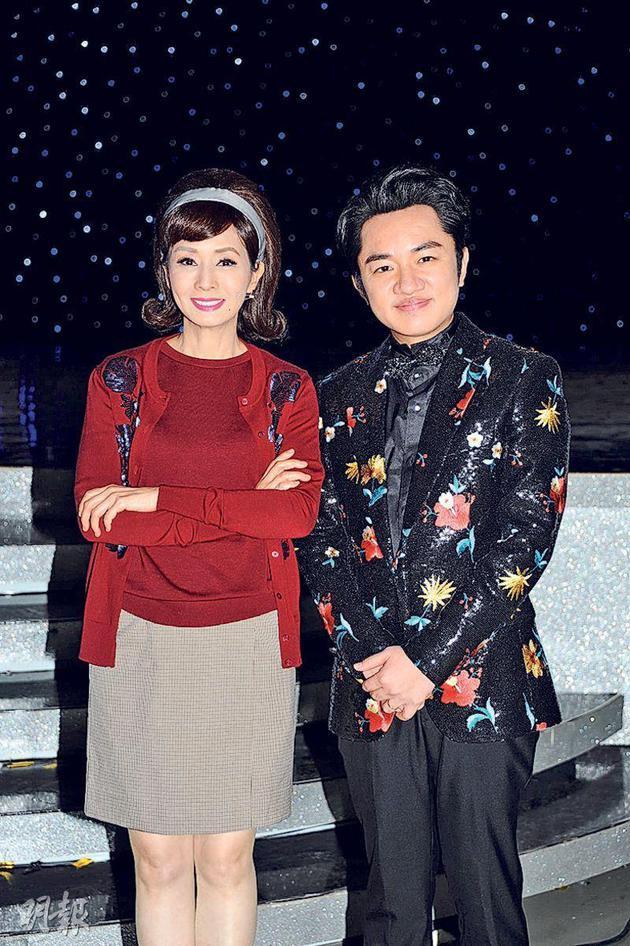 王祖蓝将荣升做父亲,跟毛舜筠分享甜美。