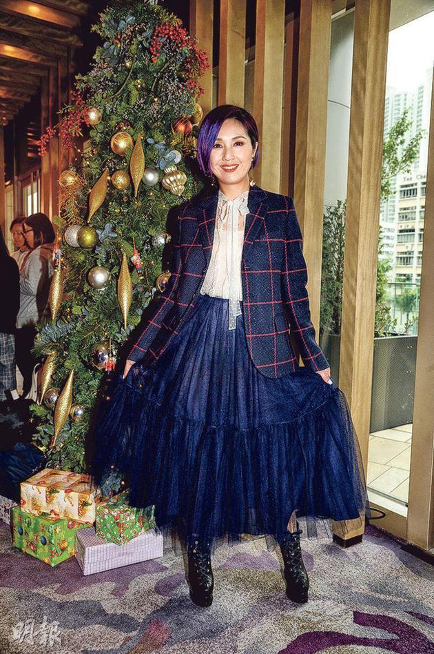 杨千嬅外示圣诞有几天伪期,能够陪儿子往玩。
