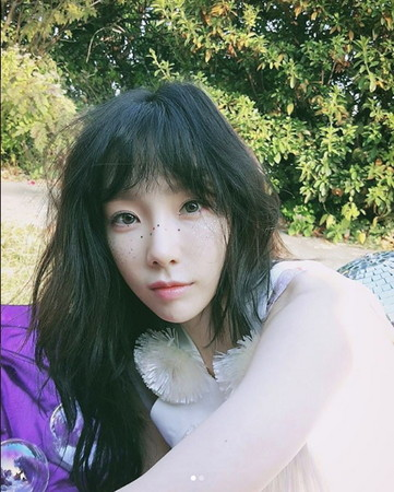 泰妍28日发生追撞车祸。