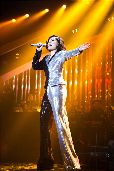 Jessie J首秀《歌手》超圈粉 李圣杰GAI齐打call
