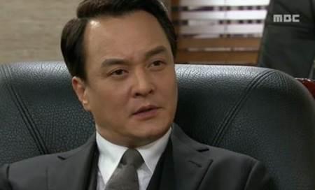赵敏基是韩剧中的熟面孔
