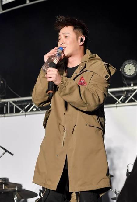 潘玮柏日前传病危,首度在台公开演出。