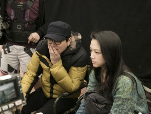 汤唯与丈夫金泰勇因拍摄《晚秋》相识