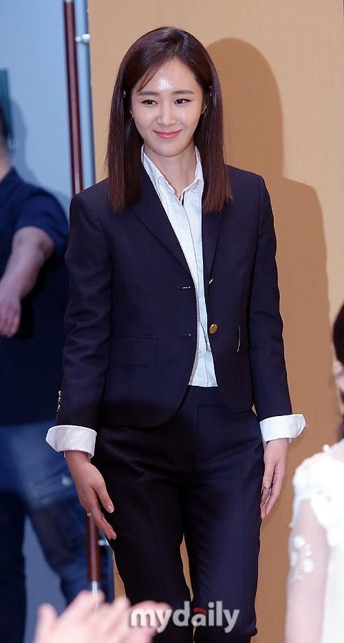 少女时代Yuri将主演《心里的声音2》 挑战喜剧