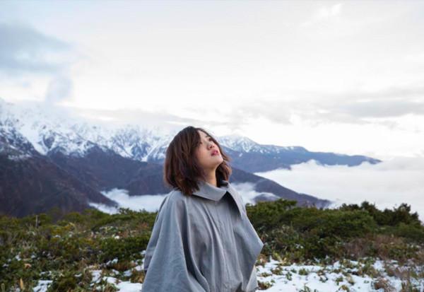 徐佳莹与男友赴日本拍MV 遇台风被困高山7小时
