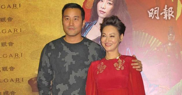 惠英红获台湾男神张孝全到场恭贺,十分开心。