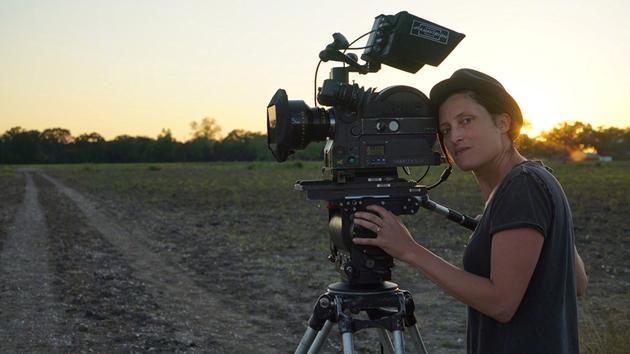 凭借《泥土之界》提名最佳摄影的瑞秋·莫里森