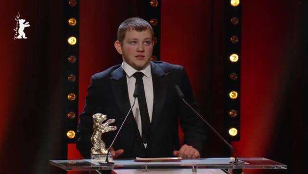 最佳男演员:Anthony Bajon(《祈祷》)