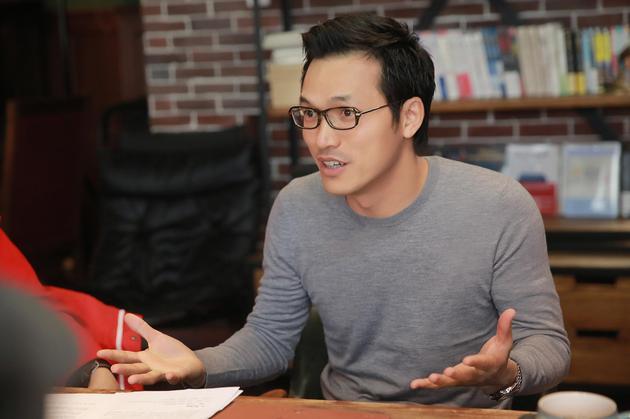 柯利明称《敢问路在何方》是中国第一部真正意义上的工业电影