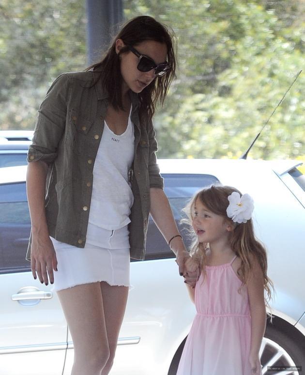加朵与女儿