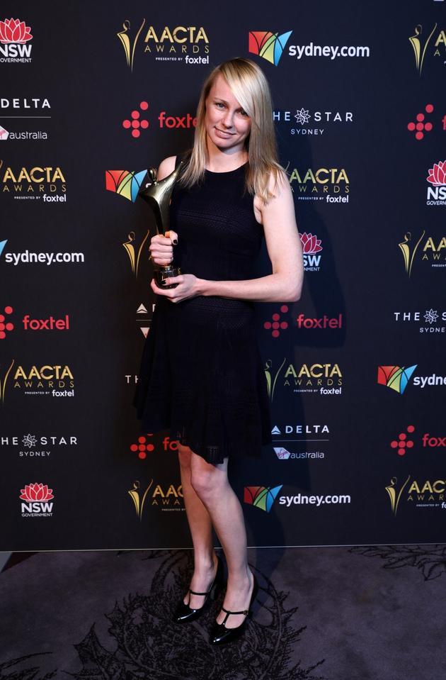 《童心无归处》导演Kitty  Green在第七届澳洲电影与电视艺术学院奖颁奖现场