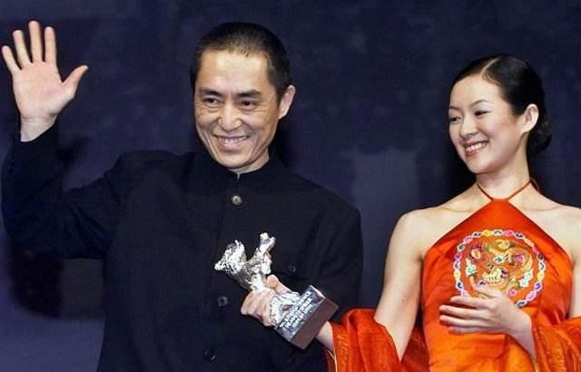 张艺谋和章子怡在柏林电影节颁奖礼现场(资料图片)