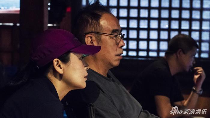 陈凯歌、陈红在摄影机前