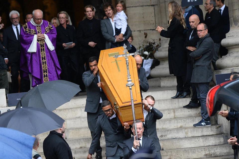 KateMoss等名人出席时尚摄影师Lindbergh葬礼