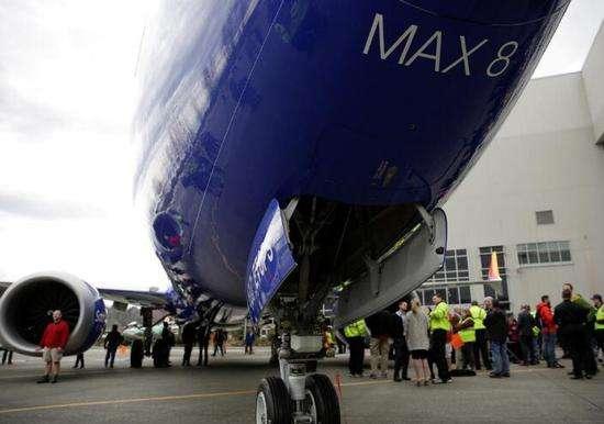 波音737 MAX 8客机