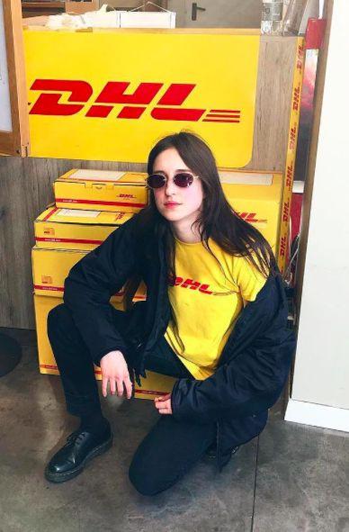 DHL T恤