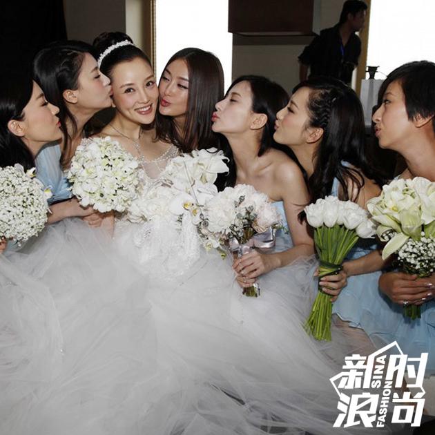 李小璐和伴娘团