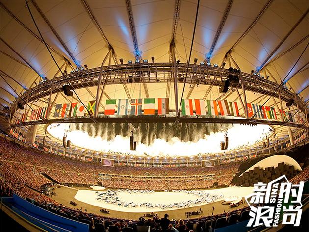 里约奥运开幕式烟火怒放的一刻