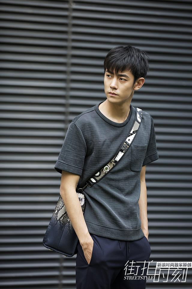 """街拍时刻 纪凌尘温暖演绎无害""""食草男"""""""