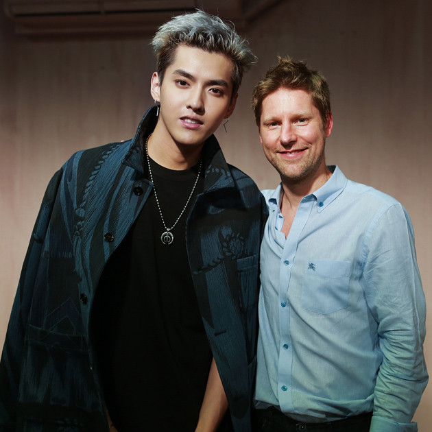 吴亦凡和ChristopherBailey