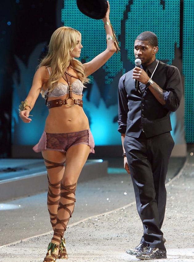 2008表演嘉宾:Usher