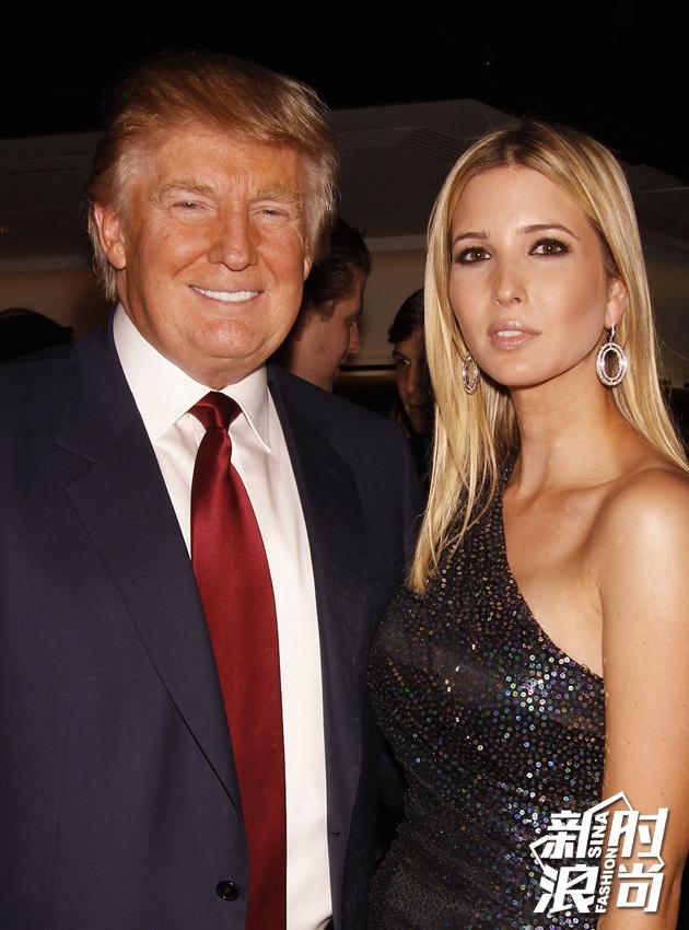 父女二人幸福的样子